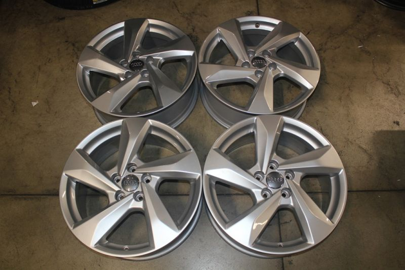 "RL12 Cerchi in lega originali Audi Q3 da 18"""